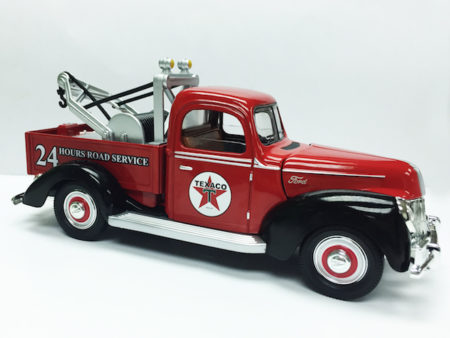 Chevron Texaco & Ford 1940 Official Licensed  1:18 Die Cast Tow Truck (Truck Size 9.5 inches)