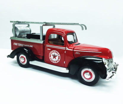 Chevron Texaco & Ford 1940 Official Licensed 1:18 Die Cast Fire Truck (Truck Size 9.5 inches)