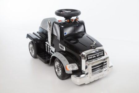 Mack Truck: Battery Powered Ride-On